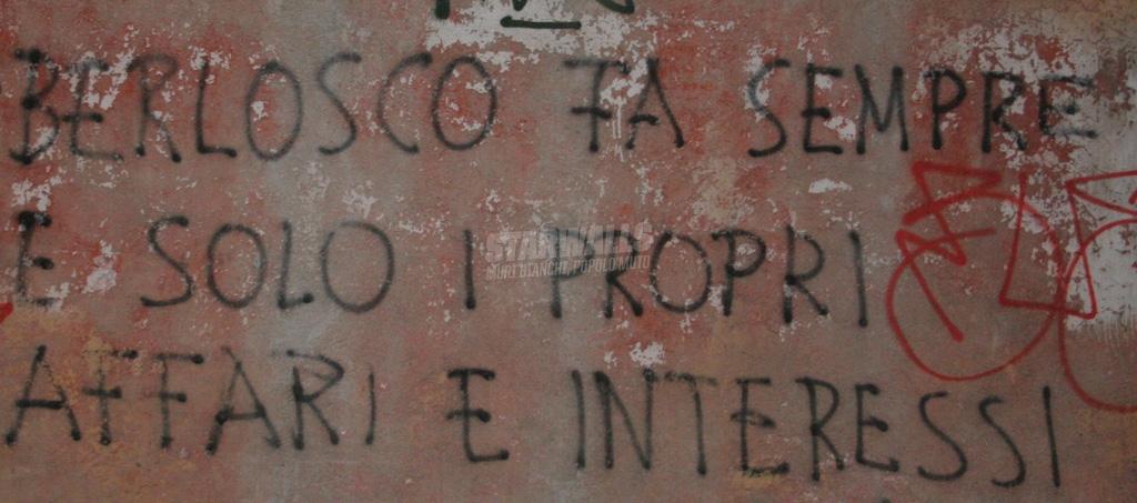 Scritte sui Muri L'uomo contro il berlosco ep. 3