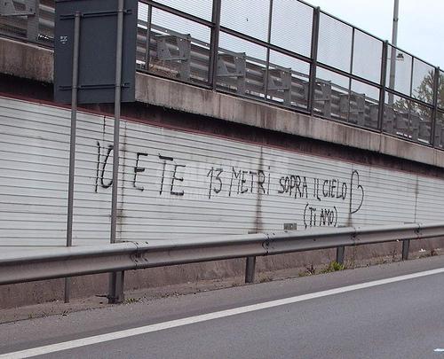 Scritte sui Muri Esagerato
