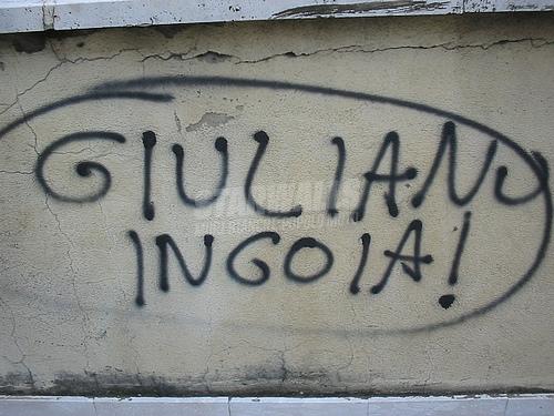 Scritte sui Muri il rospo?