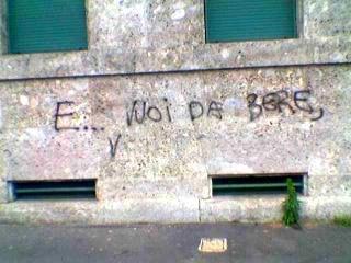 Scritte sui Muri arsura metropolitana