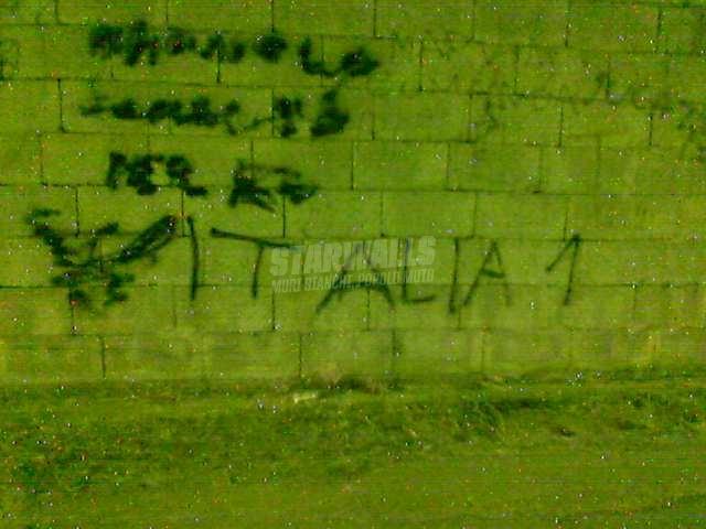Scritte sui Muri italia unooooooo