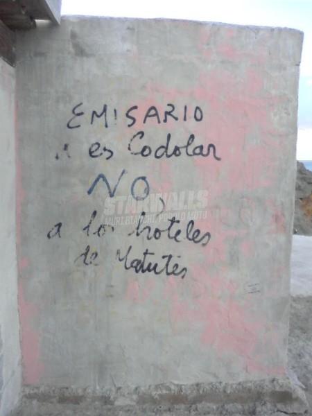 Scritte sui Muri contro il potere
