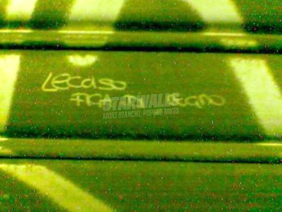Scritte sui Muri Al bano falegname