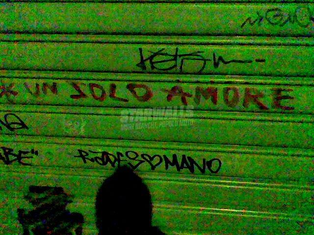 Scritte sui Muri monogamia