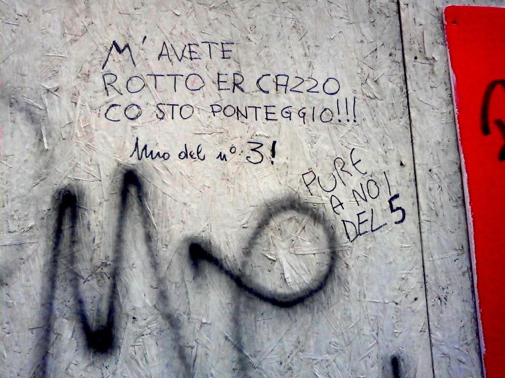 Scritte sui Muri lamentele pacate