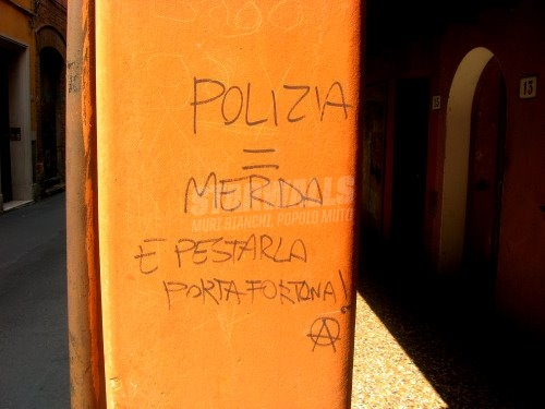 Scritte sui Muri talismano