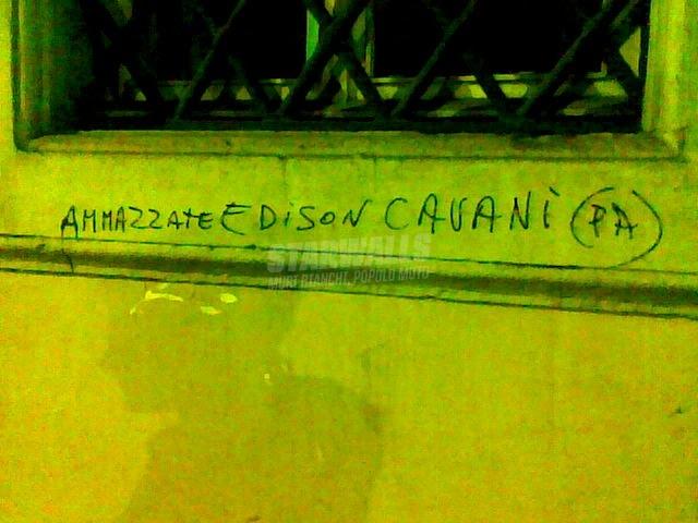 Scritte sui Muri tifoso leggermente alterato
