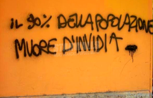 Scritte sui Muri Rosiconi