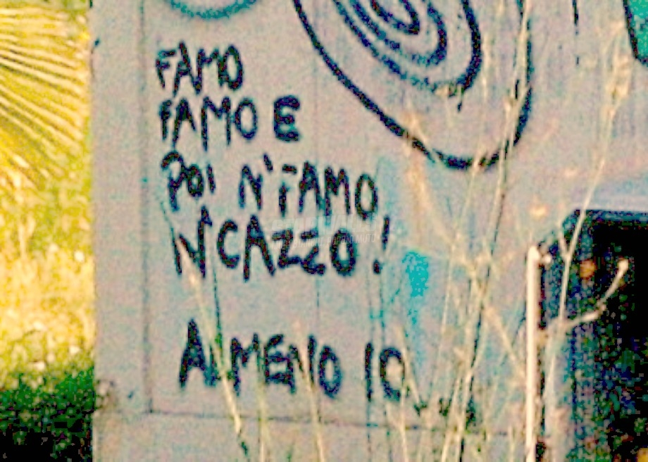 Scritte sui Muri Autocritica