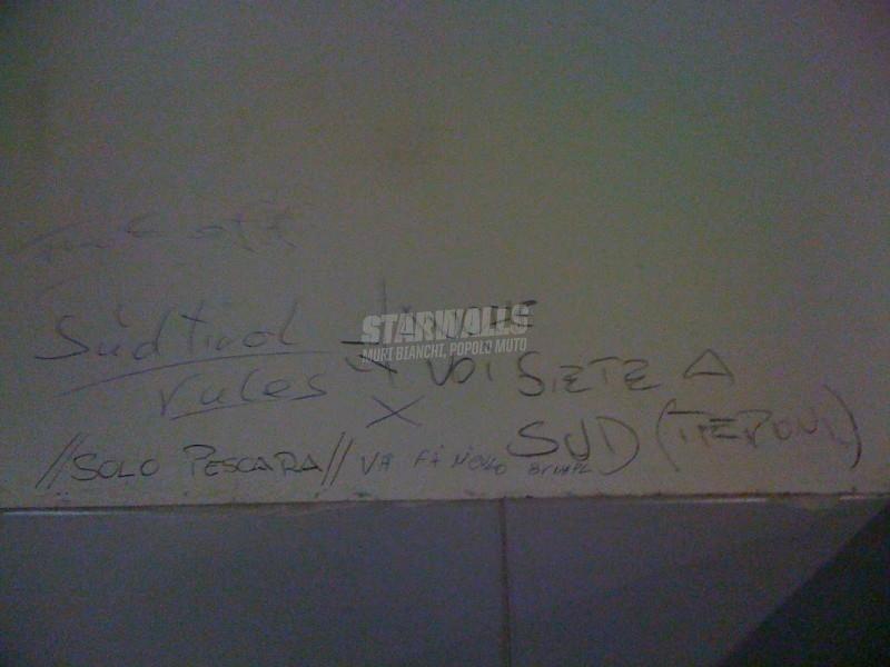 Scritte sui Muri Sud vs sud