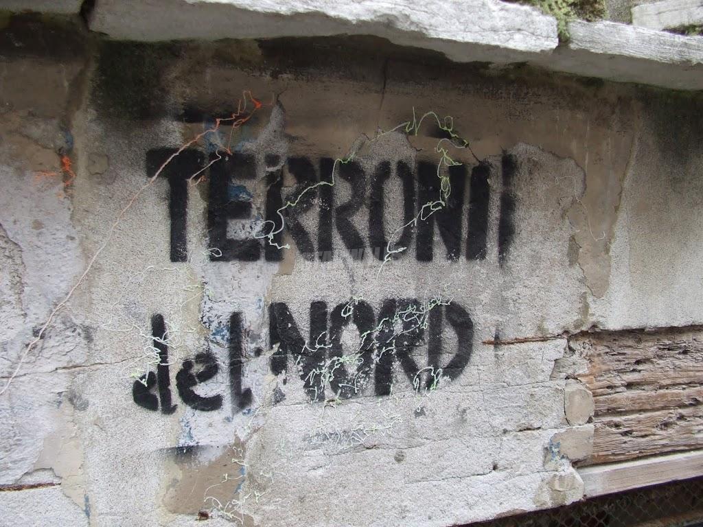Scritte sui Muri Giù al nord