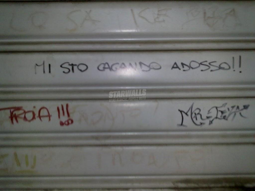 Scritte sui Muri Incontinenze