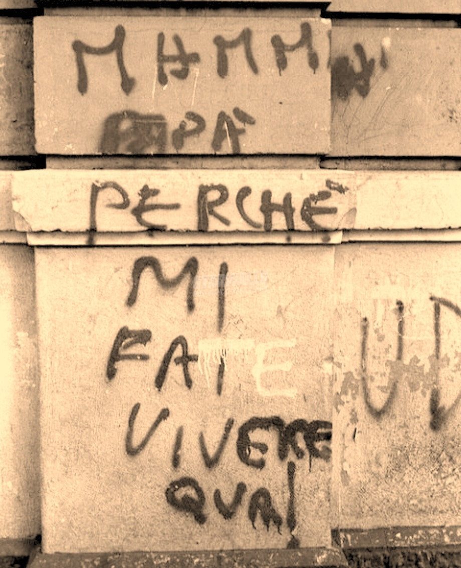 Scritte sui Muri Scappiamo!