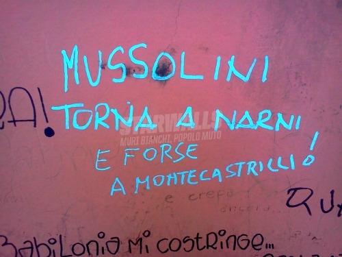 Scritte sui Muri Benito ti aspettiamo
