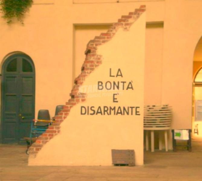 Scritte sui Muri Colpisce al cuore