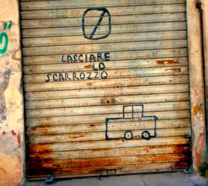 Scritte sui Muri Lasciare libero il passaggio cap. II