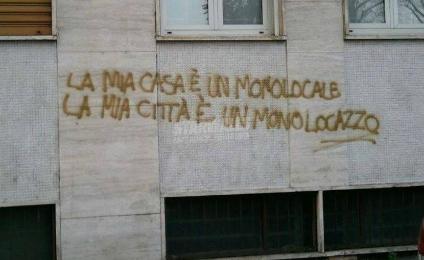 Scritte sui Muri Monolo...che?
