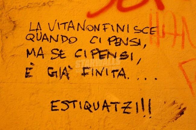 Scritte sui Muri Masturbazione intellettuale