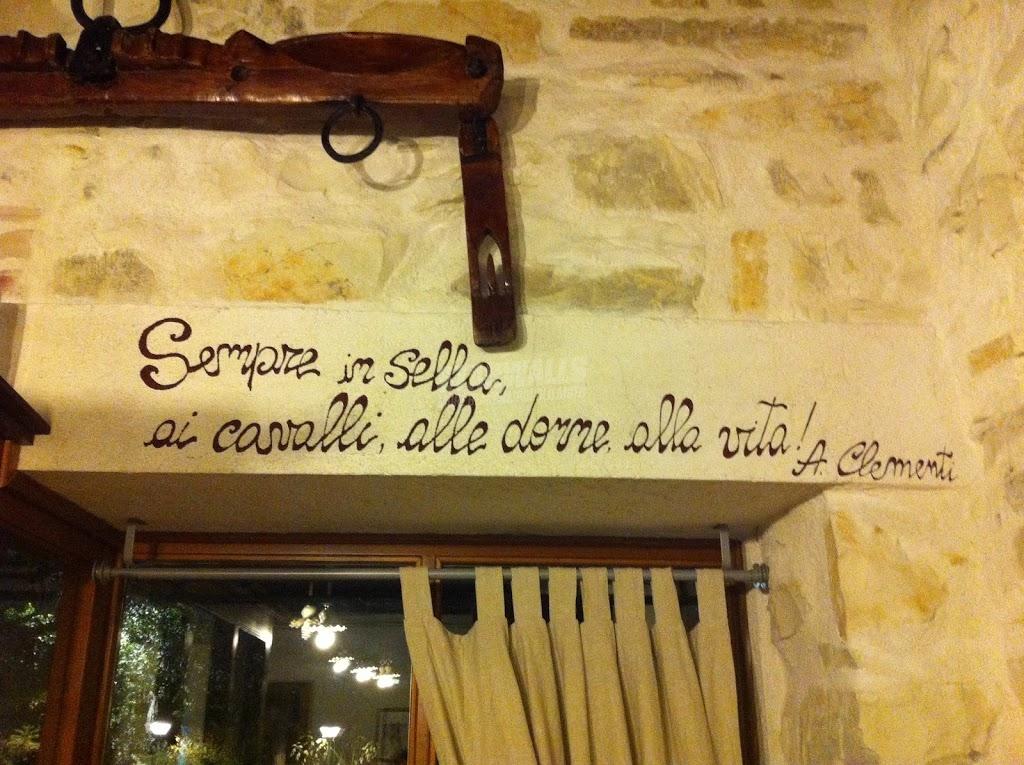 Scritte sui Muri Equitazione filosofica