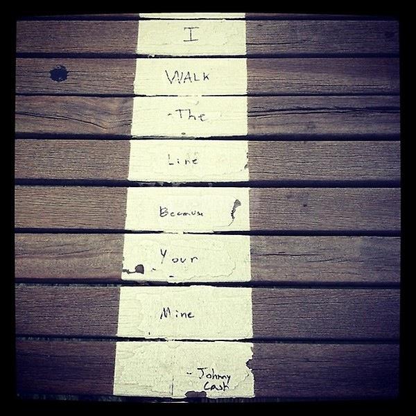Scritte sui Muri L'uomo in nero