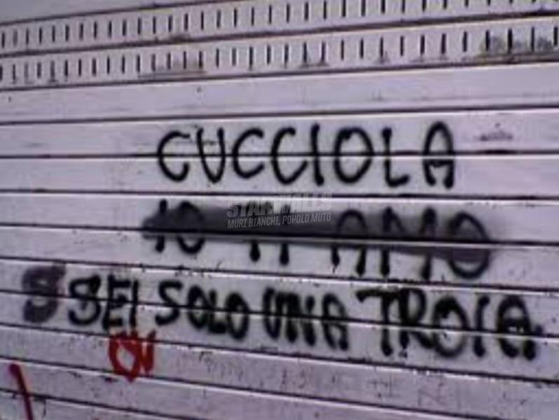 Scritte sui Muri L'amore è eterno....finché dura