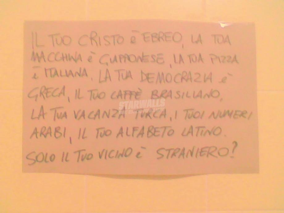 Scritte sui Muri Qui nessuno è straniero