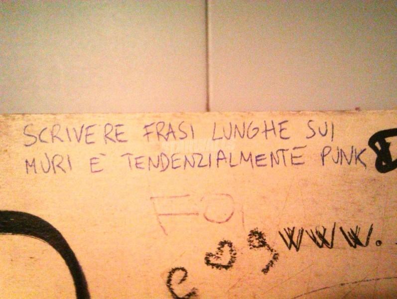 Scritte sui Muri Siate punk, siate prolissi!