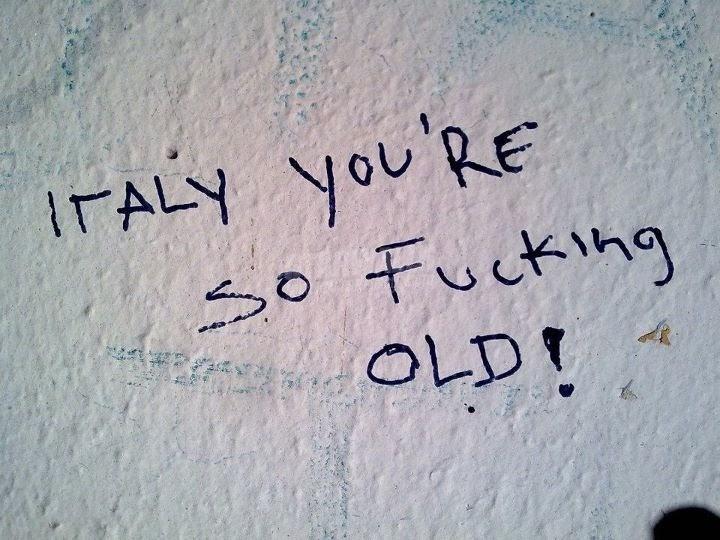Scritte sui Muri Gerontocrazia