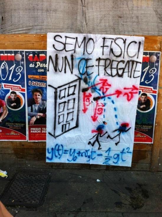 Scritte sui Muri Lacrimogeni