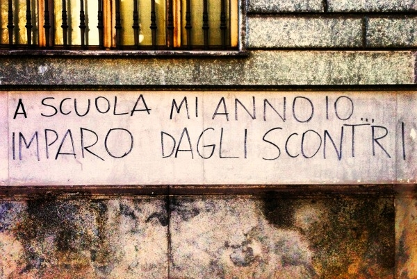Scritte sui Muri Istruzione alternativa