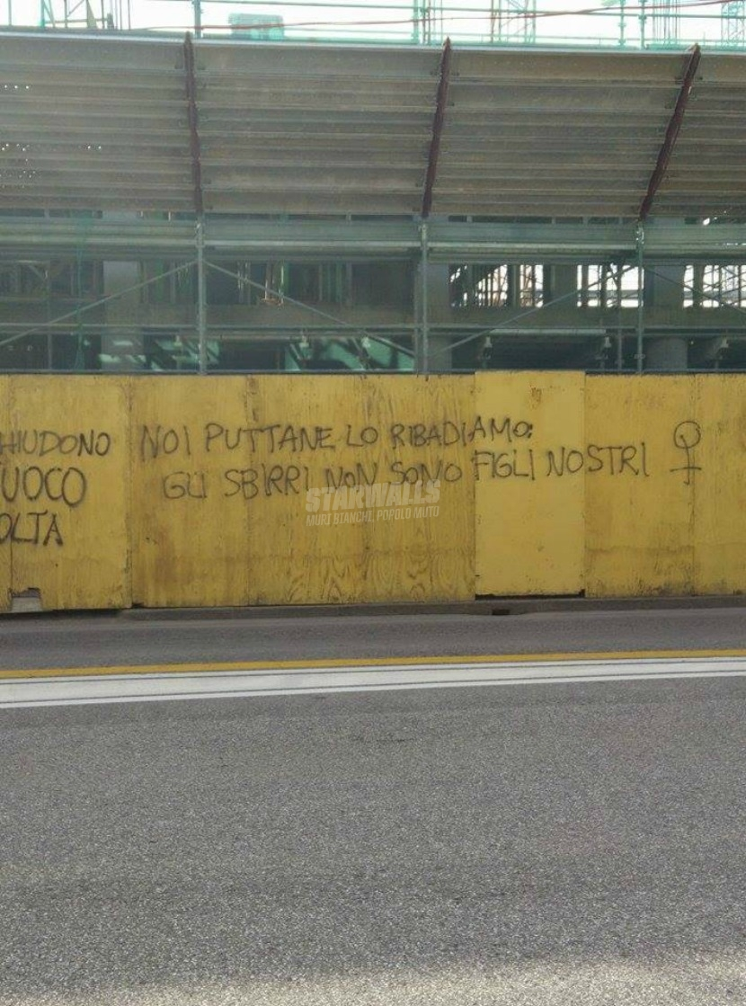 Scritte sui Muri Precisazione