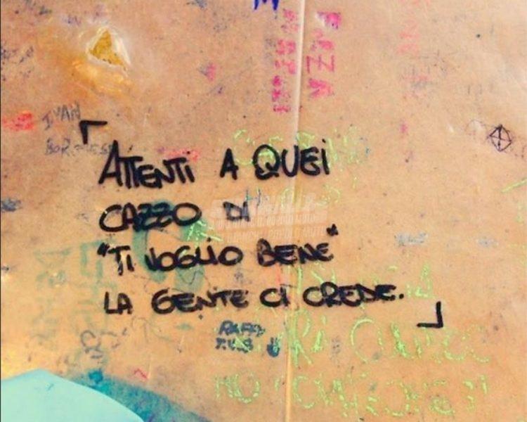 Scritte sui Muri Pesa le parole