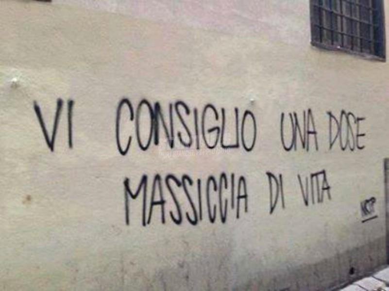 Scritte sui Muri Godetevela