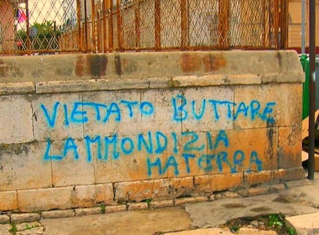 Scritte sui Muri Non è di tutti