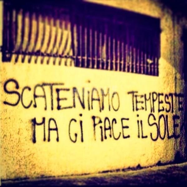 Scritte sui Muri Ostia agitata