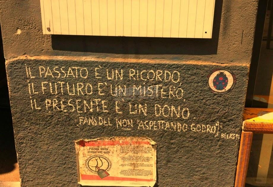 Scritte sui Muri Fans del non aspettando godrò