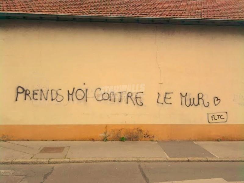 Scritte sui Muri S'il vous plaît