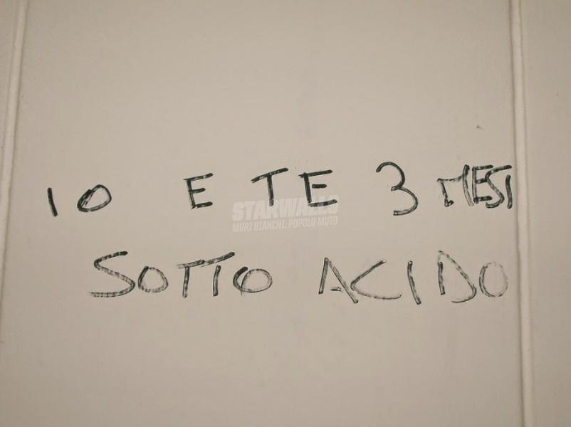 Scritte sui Muri Amore allucinogeno
