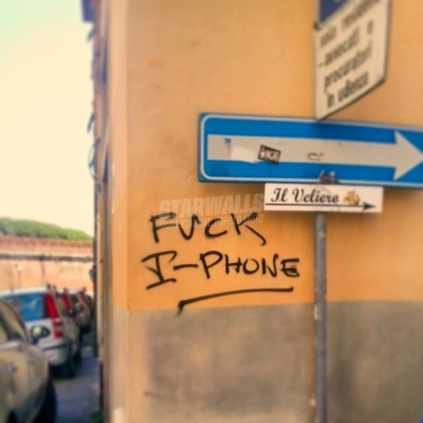 Scritte sui Muri iPhone Day