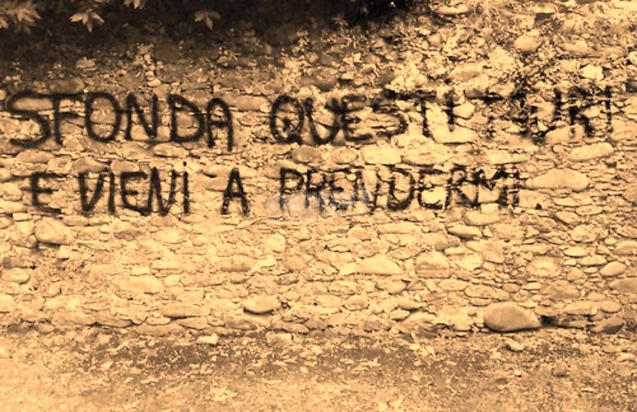 Scritte sui Muri Muoviti