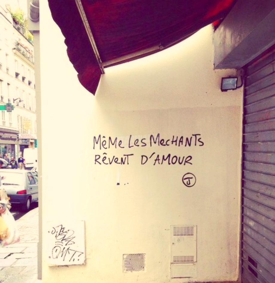 Scritte sui Muri Anche i cattivi sognano l'amore