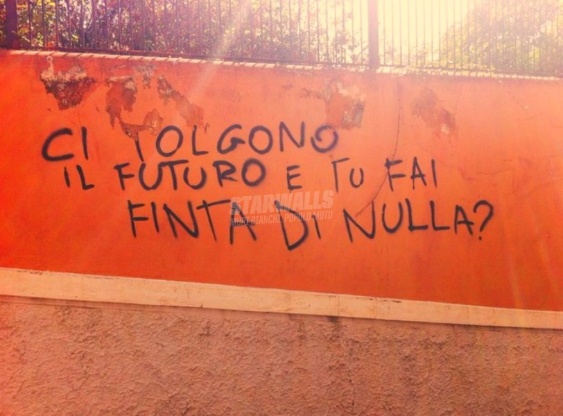 Scritte sui Muri Stand up