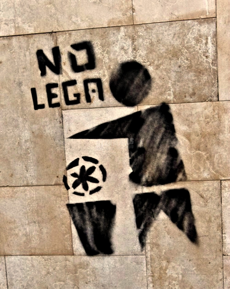 Scritte sui Muri No Lega Nord