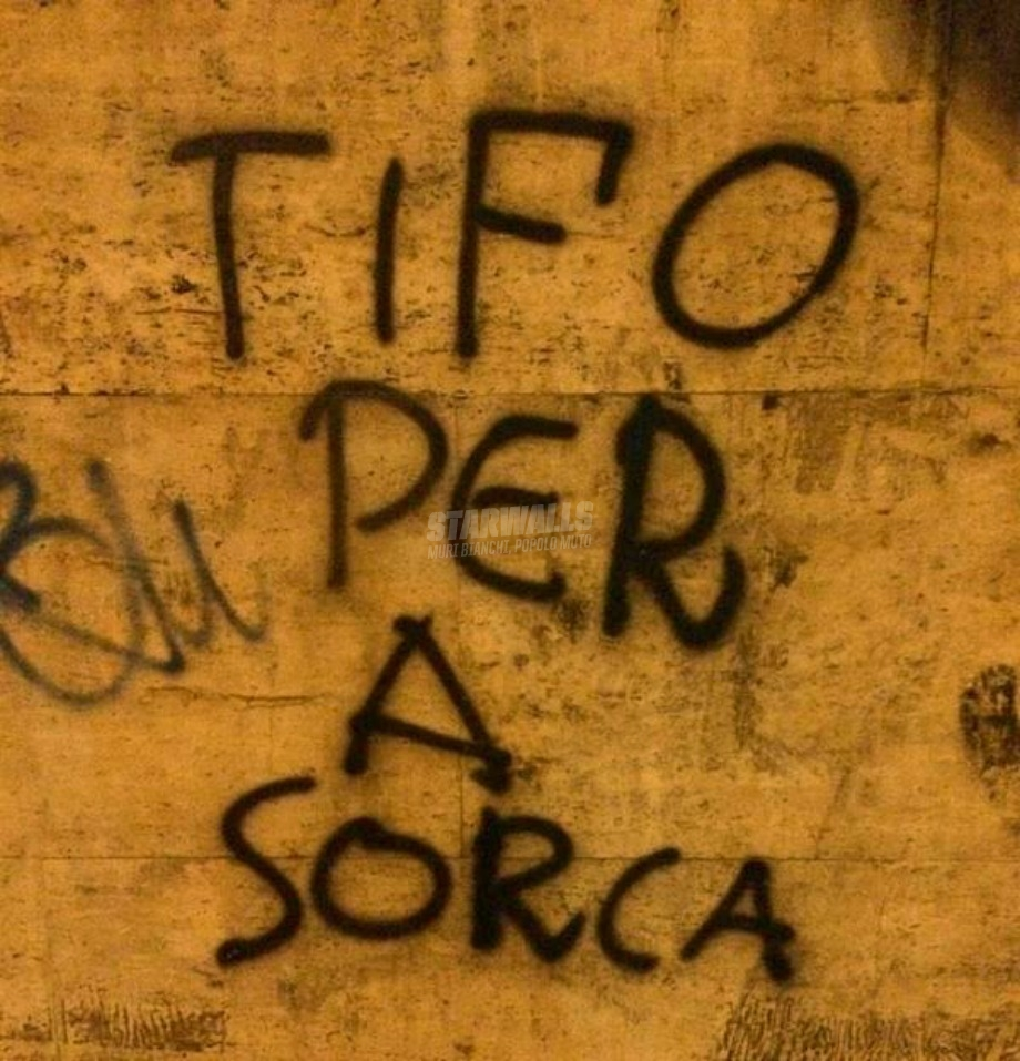 Scritte sui Muri Capo Ultras