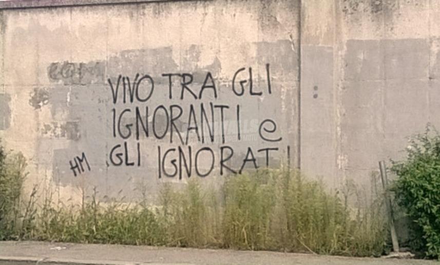 Scritte sui Muri Ai margini