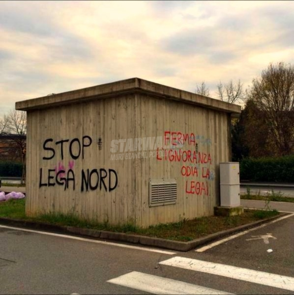 Scritte sui Muri Fermiamoli