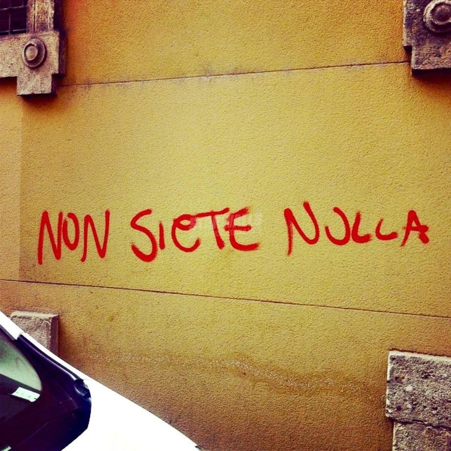 Scritte sui Muri Misantropia