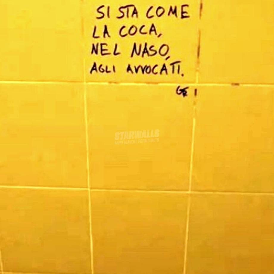 Scritte sui Muri Nasi agitati