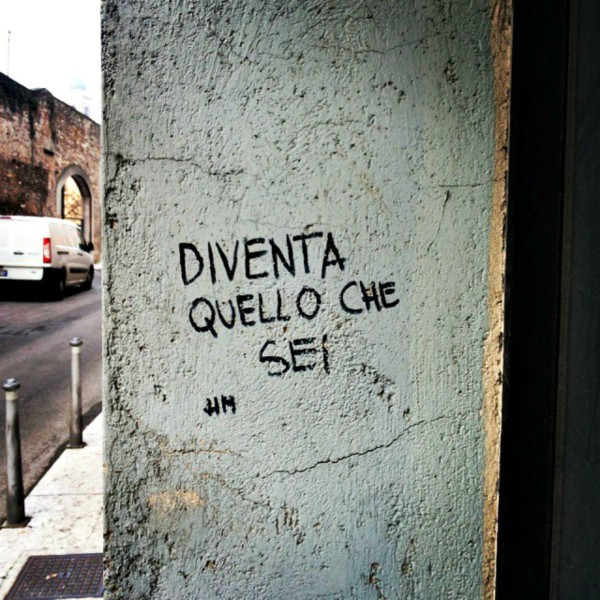 Scritte sui Muri Citando Nietzsche