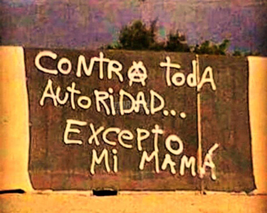 Scritte sui Muri La mamma è sempre la mamma